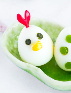 How to Make Chicken Eggs - Get the recipe, plus 3 other easy egg decorating ideas, at www.loveatfirstbento.com