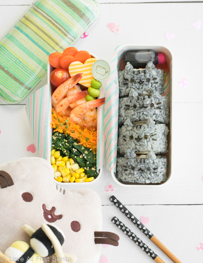 Pusheen Sushi (AKA Susheen) - Quite possibly the cutest sushi in the world, these Pusheen the Cat sushi rolls are not only adorably delicious, but colored using 100% natural ingredients! Perfect for packing into bento boxes, bringing on a picnic, or serving at a party. Guaranteed to be a hit with Pusheen fans of all ages! Get the recipe at: loveatfirstbento.com
