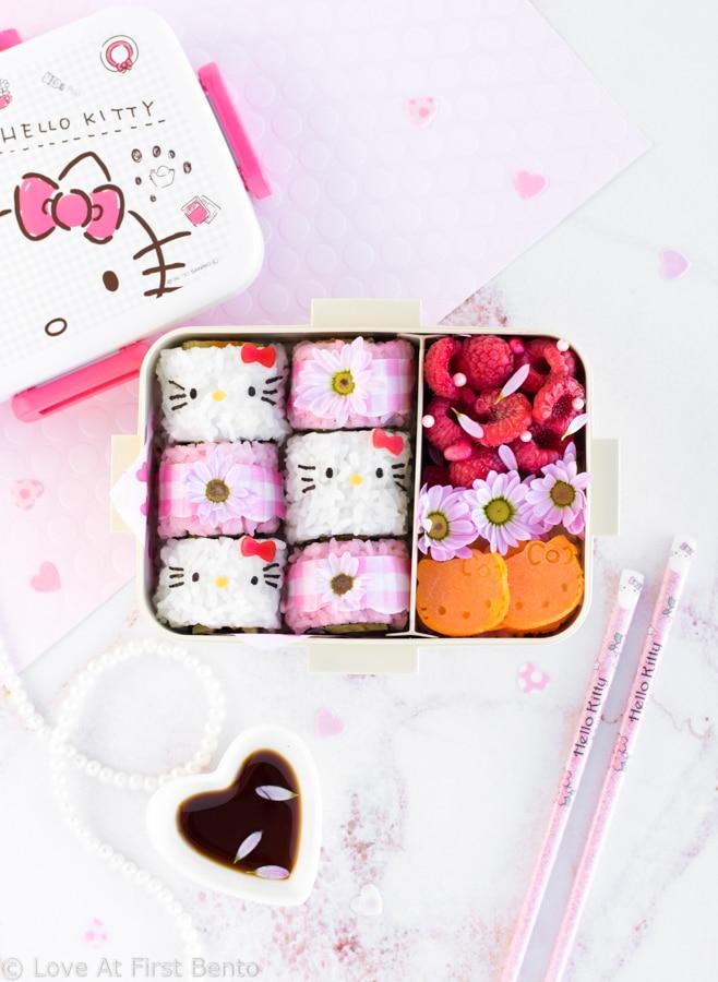 46cd158daf80 Hello Kitty Sushi Bento - Beautify your lunch with this Hello Kitty Sushi  Bento! Filled