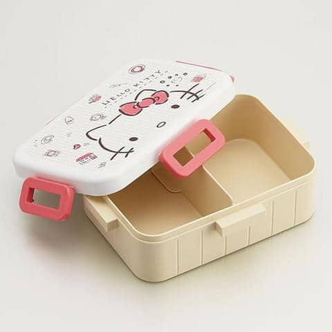 Hello Kitty gingham bento box inside view